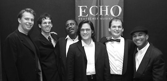 Verleihung des Echo Klassik 2003, 2. v.l.: Michael Brüggemann (Sony Classical)