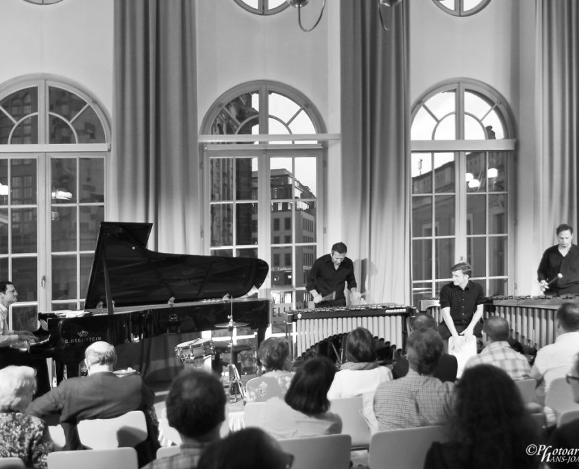 Tobias-Forster-Trio, Gabriel-Forste, Pianosalon Jazztage Dresden, Photo by H.J. Maquet
